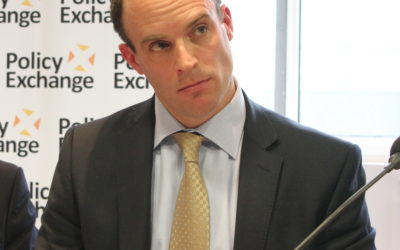 Pourquoi la démission de Dominic Raab menace l'accord sur le Brexit ?